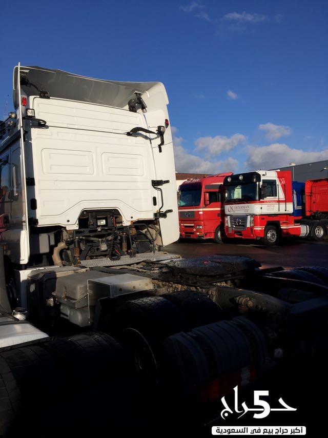 للبيع شاحنة مرسيدس  اكسور 1840 موديل : 2008